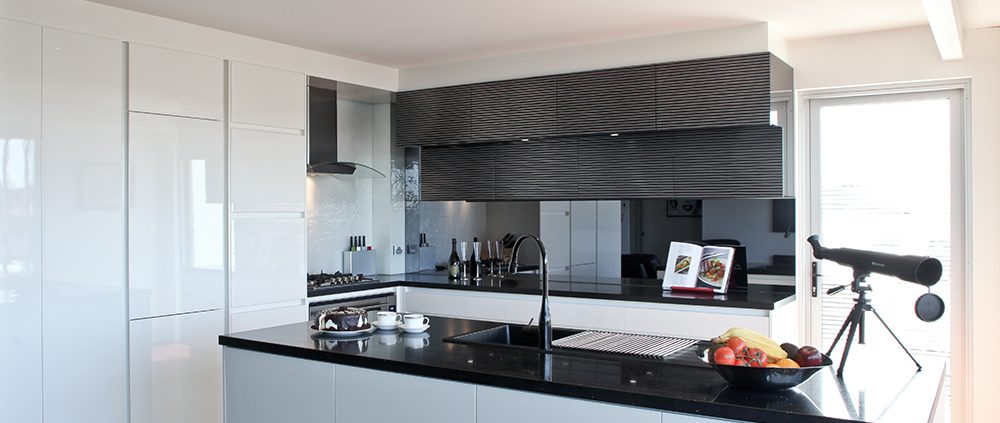 Black and White Kitchen Design Renovation