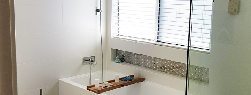 Gold Coast Bathroom Renovation Tub