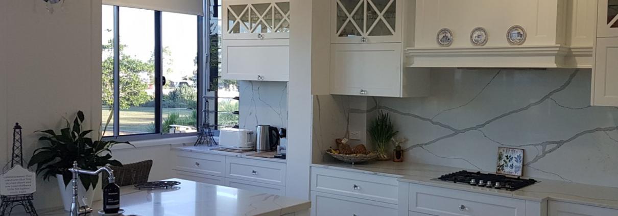 White Kitchen 1